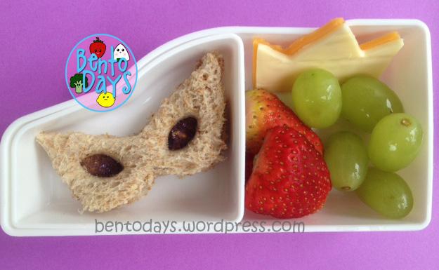 Mardi Gras snack, Shrove Tuesday snack, Fat Tuesday snack, cute snack bento for kids, Mardi Gras costume mask sandwich