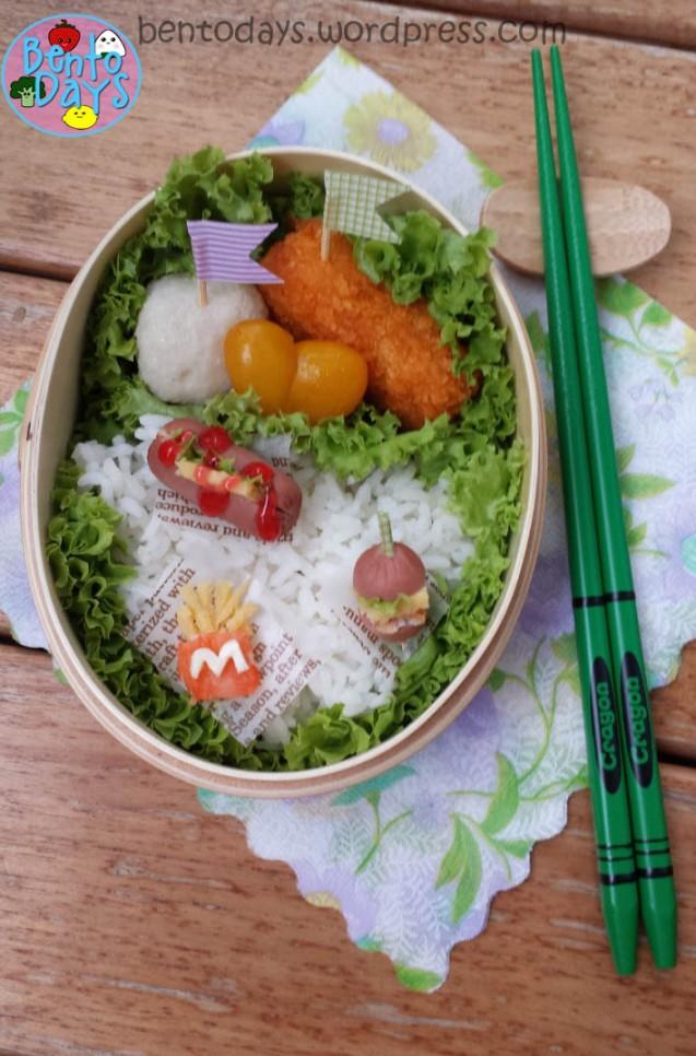 Miniature food bento (miniature fries, burger, hotdog) | Bento Days