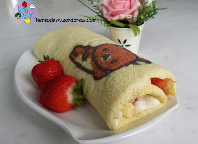 How to make strawberry and cream filling for deco swiss roll | Bento Days