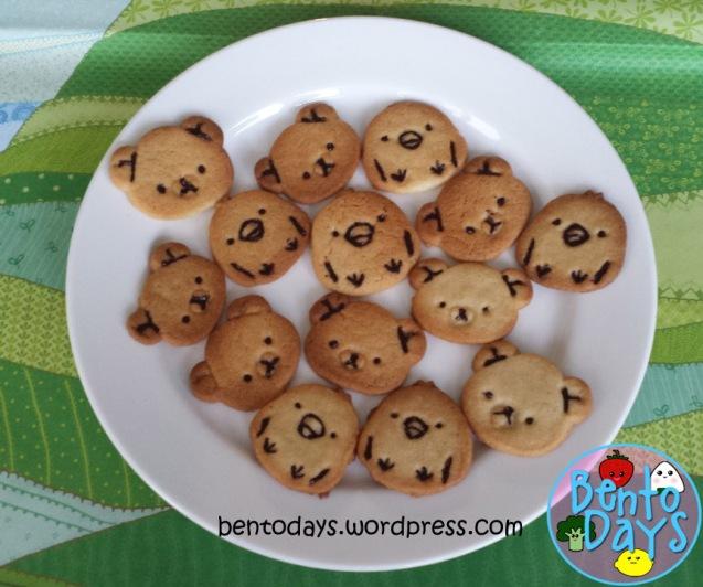 Rilakkuma cookies and Kiiroitori cookies | Bento Days