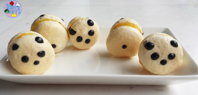 Panda macarons with lemon curd filling | Bento Days
