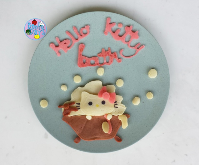 Pancake Art: Hello Kitty in bathtub| Bento Days
