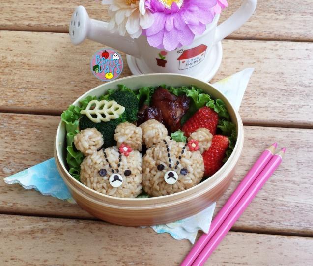 Jackie bears, Lulu Lolo (Tiny Twin Bears) bento | Bento Days