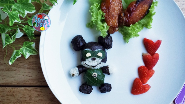 Mickey Mouse Green Lantern superhero bento | Bento Days