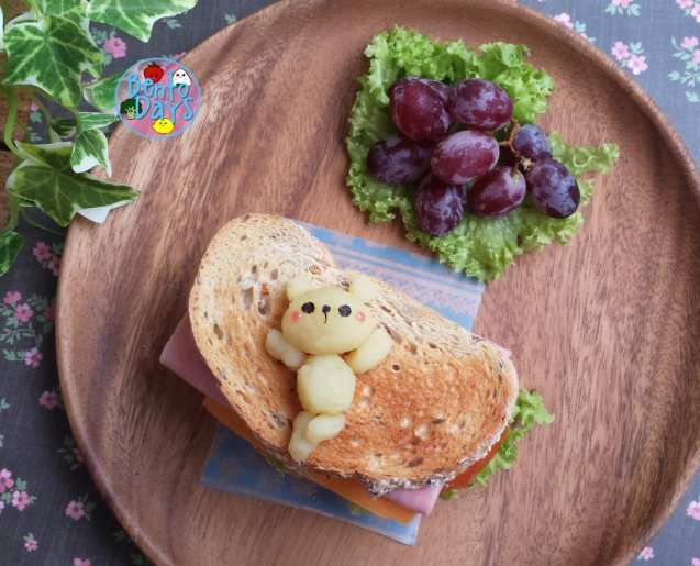 Teddy bear sandwich bento | Bento Days