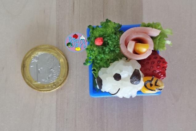 Snoopy miniature bento - everything is edible! | Bento Days