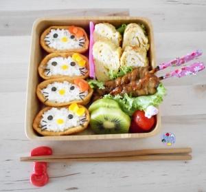 Hello Kitty Sushi bento