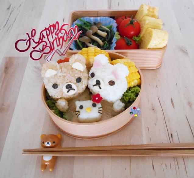 Rilakkuma and Hello Kitty Cake Birthday Bento