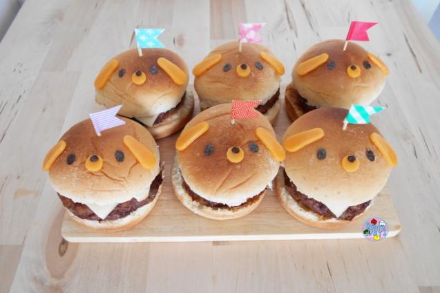 Mini puppy themed hamburgers bento