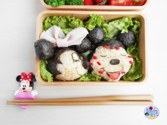 Minnie kissing Mickey Valentines Day bento