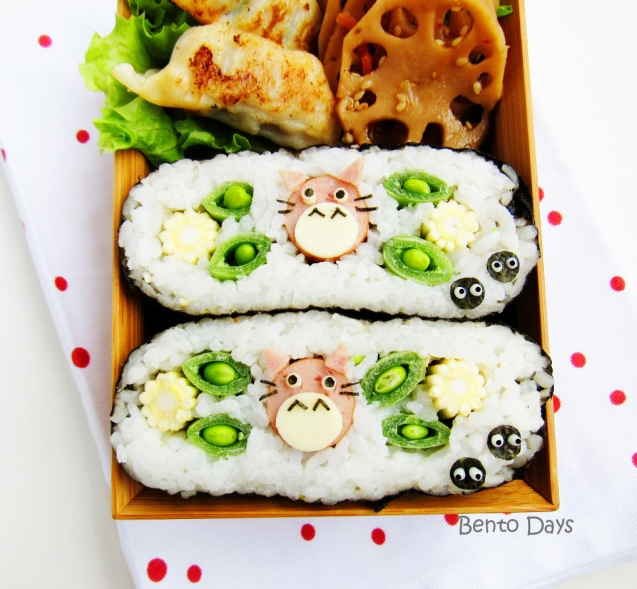 Totoro onigirazu bento