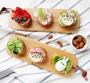 Totoro sandwiches