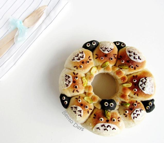 Totoro pull apart bread bento