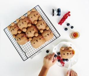 Teddy bear bread buns
