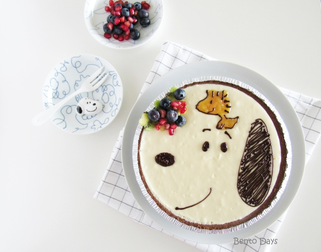 Snoopy no-bake cheesecake